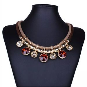 Jewelry - Brown Crystal choker statement necklace NEW