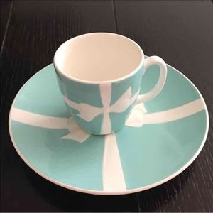 TIFFANY & CO .  Mug and plate