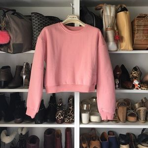 Sweaters - New Pink crop sweater