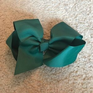 Accessories - Green Bow