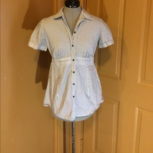 Motherhood Maternity shirt size small