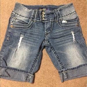 Angels Pants - Size 5 Juniors Denim Shorts
