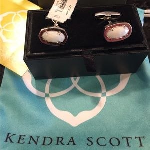 Kendra Scott Other - Kendra Scott Men's Cuff Links Elijah Pearl White