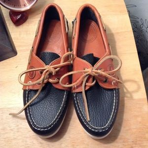 Dooney and Bourke navy blue boat shoes, sz 5.5
