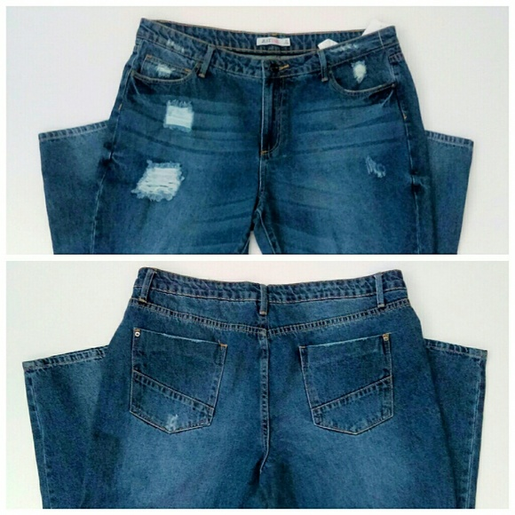 JustFab Jeans - ⬇Distressed Low Rise Jeans