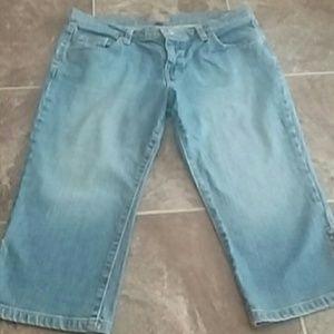 Tommy Jeans Denim - Super Cute Tommy Jeans Crop Size 11