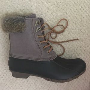 Sperry Shoes - REDUCED! Women's Sperry Fur Trimmed Duck Boots