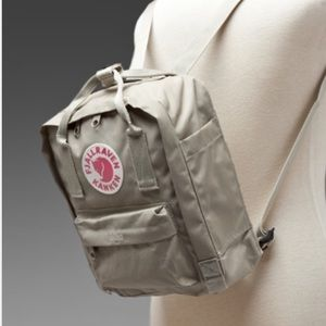 Fjallraven Handbags - Kanken mini❤️❤️❤️