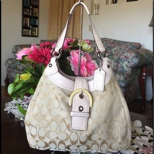 Coach Handbags - Coach Signature Soho Lynn Hobo shoulder bag