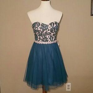Jodi Kristopher Dresses & Skirts - Formal Dress