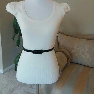 Grane Sweaters - This beautiful medium cream too with black belt