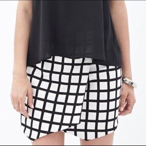 Forever 21 Printed Origami Skort Size Small