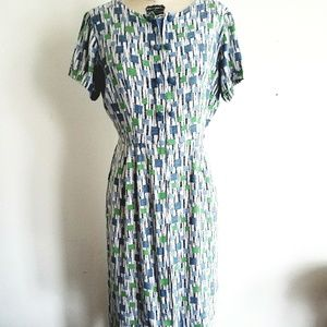 LATE 1950s  LINEN DAY DRESS A VINTAGE MUST HAVE