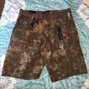 weatherproof Other - NEW Sz 34 Camo Print Cargo Shorts with Belt