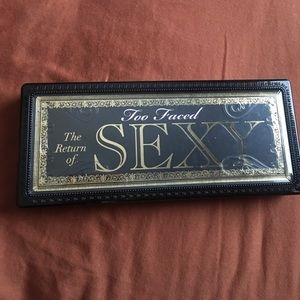 Too Faced * The Return of Sexy* Palette 🦄