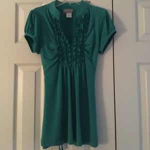 Soulmates Tops - ✨Green ruffle top blouse✨
