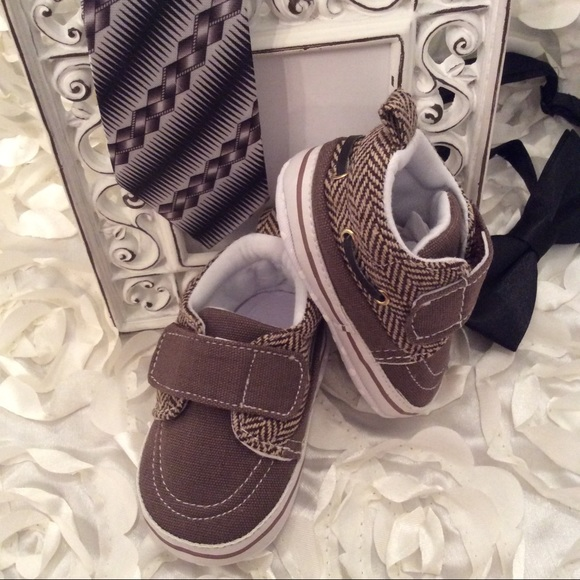 off Other Boutique Baby Boy Tweed Canvas Boat Shoes