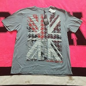 HOST PICK 4/17  Mens Express Graphic Tee