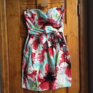 Teeze Me Dresses & Skirts - 3%OFF BUNDLES Floral Strapless Summer Dress EUC