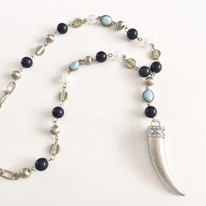 New York & Company silver and blue horn necklace