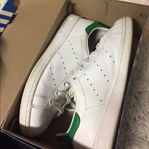 Adidas Shoes - Stan smiths adidas