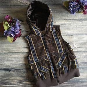 Nori Jackets & Blazers - Nori Hooded puffer vest plaid size small