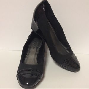 Life Stride Shoes - Life Stride black wedge shoes size 6 1/2
