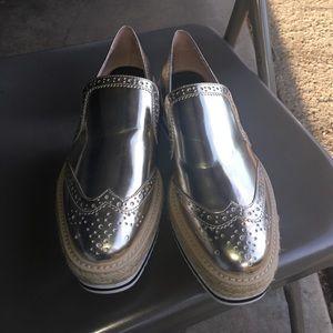 NWT ZARA Woman shoe, wedge type shoes
