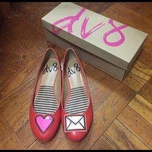 DV by Dolce Vita Shoes - NIB Dolce Vita DV8 fun flats