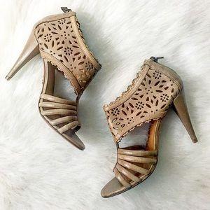Pour la Victoire Shoes - Pour la Victorie Leather Heels, Size 6.5