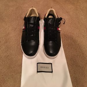 Gucci Shoes - Gucci 2017 popular sneakers!