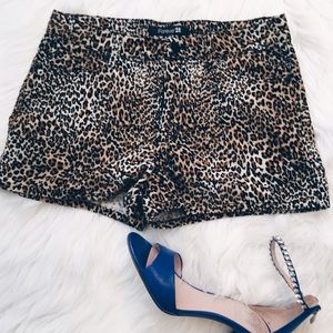 Forever 21 Pants - Forever 21 Leopard Corduroy Style Shorts Size 26