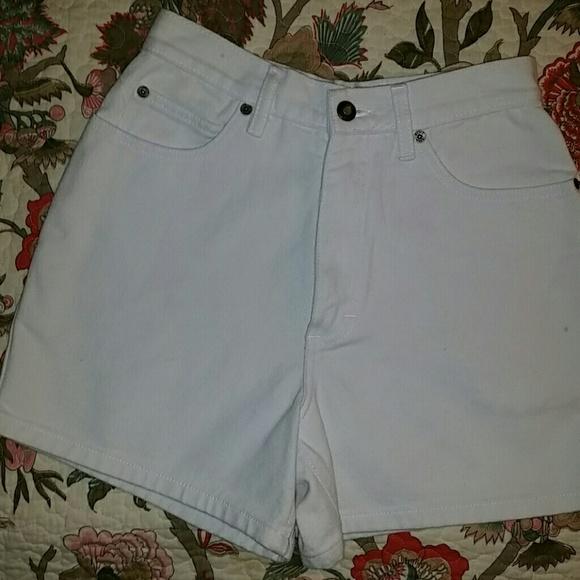 303270f6dc46 Bugle Boy Shorts | Vintage Original White Jean Sz 6 | Poshmark