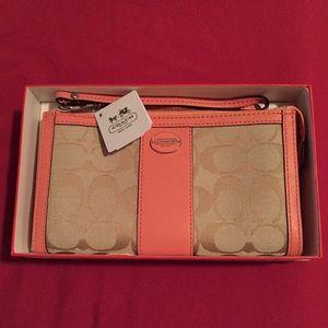 Coach signature legacy zip wallet/wristlet/clutch
