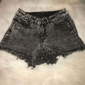 H&M acid wash stretch shorts woman's 24