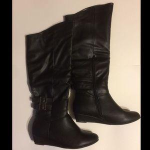 Women's black knee high boots