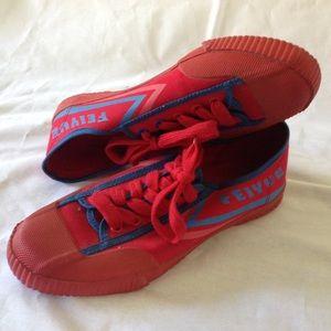 Feiyue Shoes - Feiyue Red Logo Sneakers