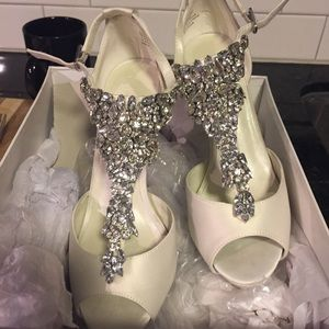 Jenny Packham Shoes - Jenny packham dress shoes
