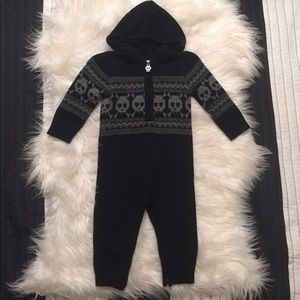 Amy Coe Other - Amy Coe Skull Sweater onesie Outfit with hood 9m