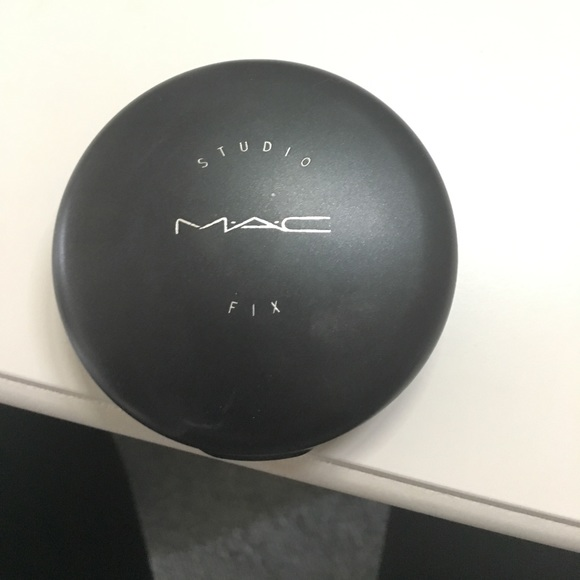 36 off mac cosmetics other mac studio fix powder in nw for Home landscape design studio for mac 14 1