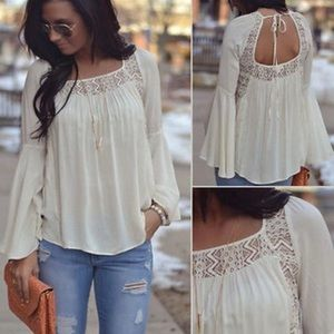 Tops - ▪NEW▪White Peasant Bell Sleeve Boho Lace Top
