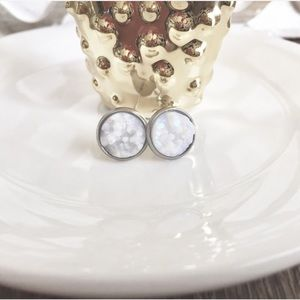 Simple Sanctuary Jewelry - Druzy Earrings