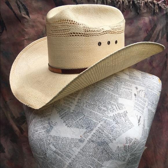 Vintage Wrangler straw cowboy hat. M 58f0c6de522b457d3e0371c7 e905e915078