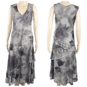 Komarov Dresses & Skirts - Komarov Crinkle Sleeveless Printed Dress