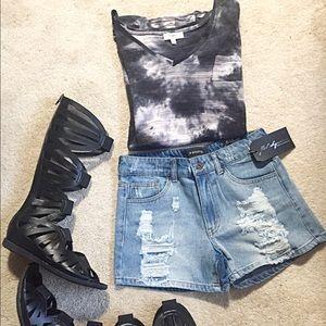 Pants - Distressed Denim Jean Shorts XS S