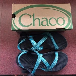 Chacos Shoes - EUC  Chacos with back strap single strap