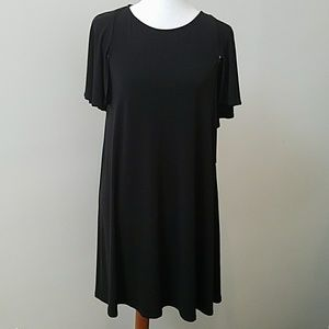 NWT Calvin Klein black dress. 4 ⚘