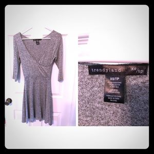 Trendy land gray dress