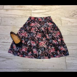 VintageBeautiful, Fun, and Comfy Skirt