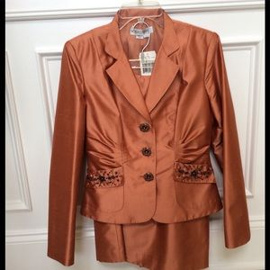 Kay Unger silk skirt suit size 4